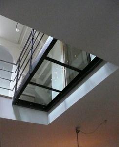 Glazen overloop